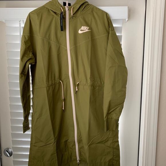 4dee3409202c Women s Nike Sportswear Shield Windrunner Jacket